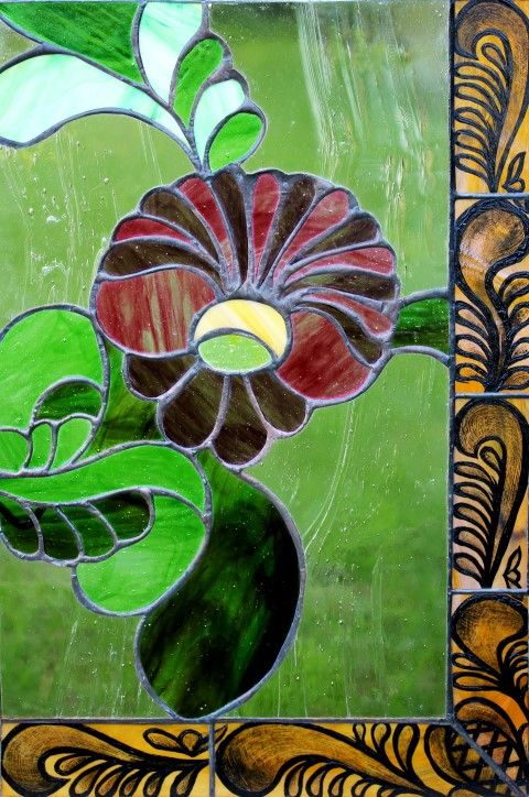 Rozsaszin-lila-virag-tiffany-ablak-Small