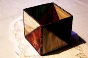 Geometrikus-tiffany-mecsestarto-bordo-zold-sarga.-1e-Small