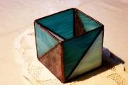 Geometrikus-tiffany-mecsestarto-kek-lila-2c-Small