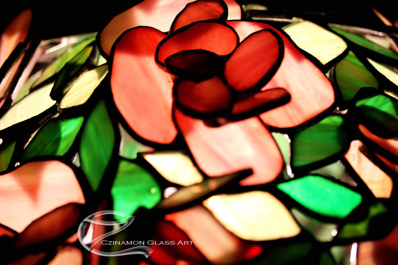 Rózsás tiffany lámpa